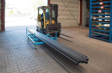 Hosszúáru szállító oldalkocsi 1350 - 2550 kg teherbírással